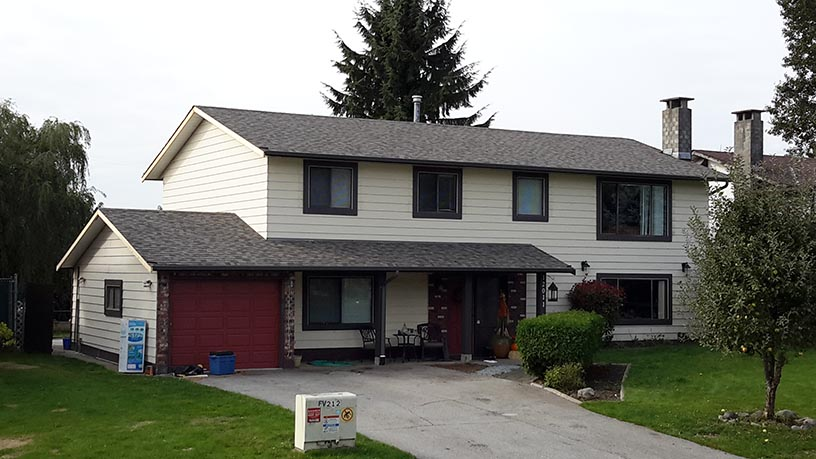 Full shot of a home that completed a job with Quantum Roofing